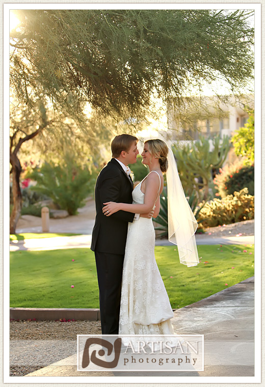 Camelback Inn Wedding Image of romantic kiss